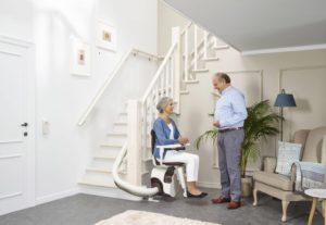 le monte escalier pour qui comment l installer votre sant. Black Bedroom Furniture Sets. Home Design Ideas